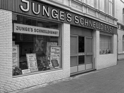07-01a-koenigstrasse-elmshorn-faerberei-junge