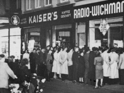 1-50-Kaisers-Kaffeegeschaeft