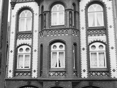 1-StA_Foto_Koop_D45_Königstraße_Brarmstedt_Cafe_Lienau_01_