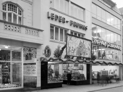 1-sta-foto-koopmann-koenigstrasse-18-leder-bruhns-01-1