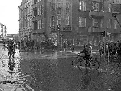 8-c-Scholz-SturmflutKoenigstraße3_670223
