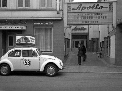 c-Scholz-Königstraße, Apollo, Kino, mit Käfer 53.700325