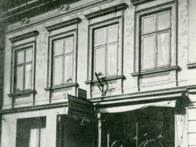 koenigstrasse-48-1